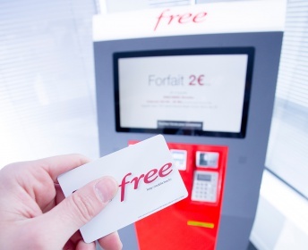 Borne de distribution de cartes SIM FREE