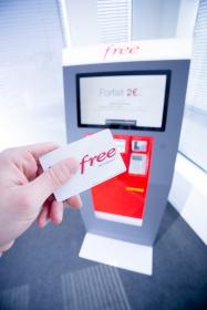 Kiosco de distribución de tarjetas SIM