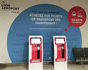 borne-interactive-aeroport-de-lyon