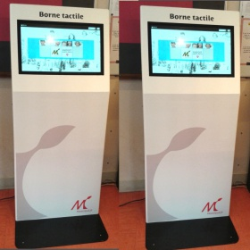 borne tactile interactive accueil mairie