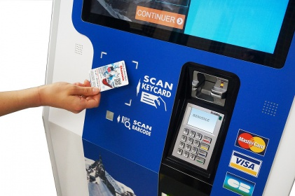 borne tactile interactive distribution paiement rechargement carte badge