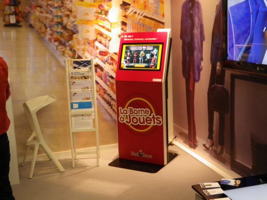 Self-ordering kiosk king jouet