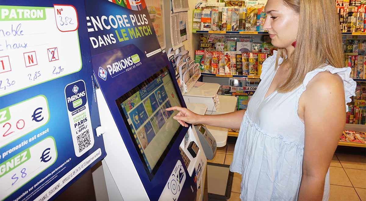borne interactive de paiement FDJ-IPM France
