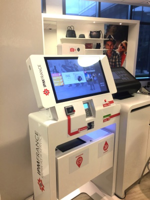 borne tactile interactive commerce ipm france