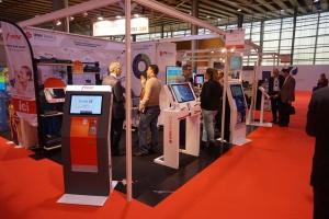 Fabrication borne tactile standard et sur mesure ipm france for Salon conext