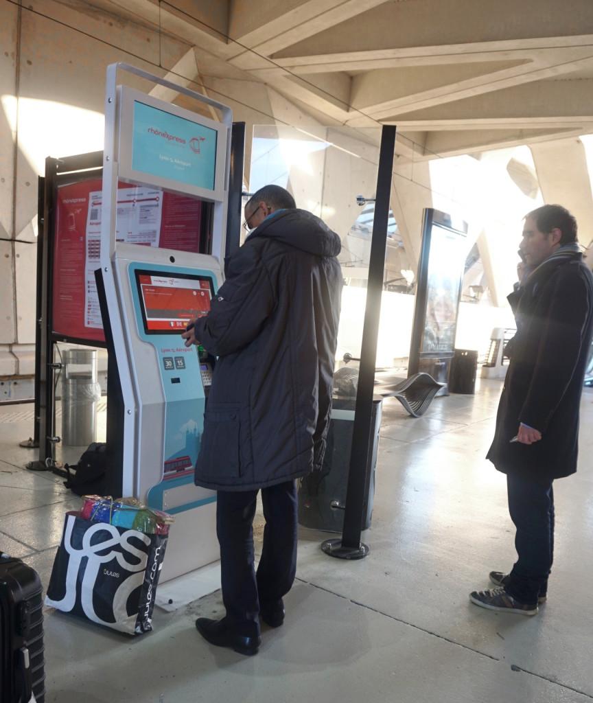 borne interactive distribution ticket billet paiement