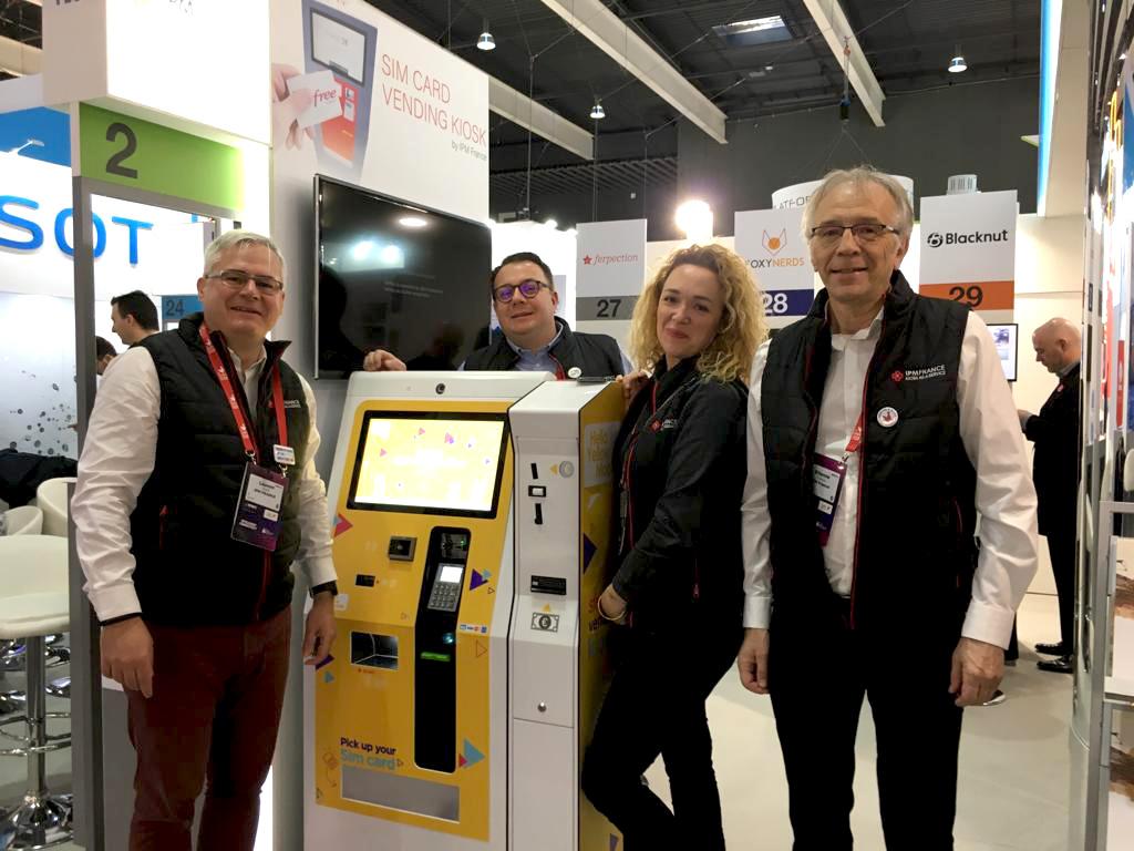 MWC19-French Tech Area-IPM France-sim card vending kiosk-cash
