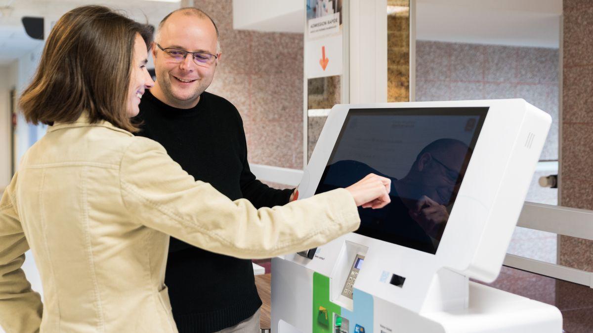 Healthcare interactive kiosk Cpage