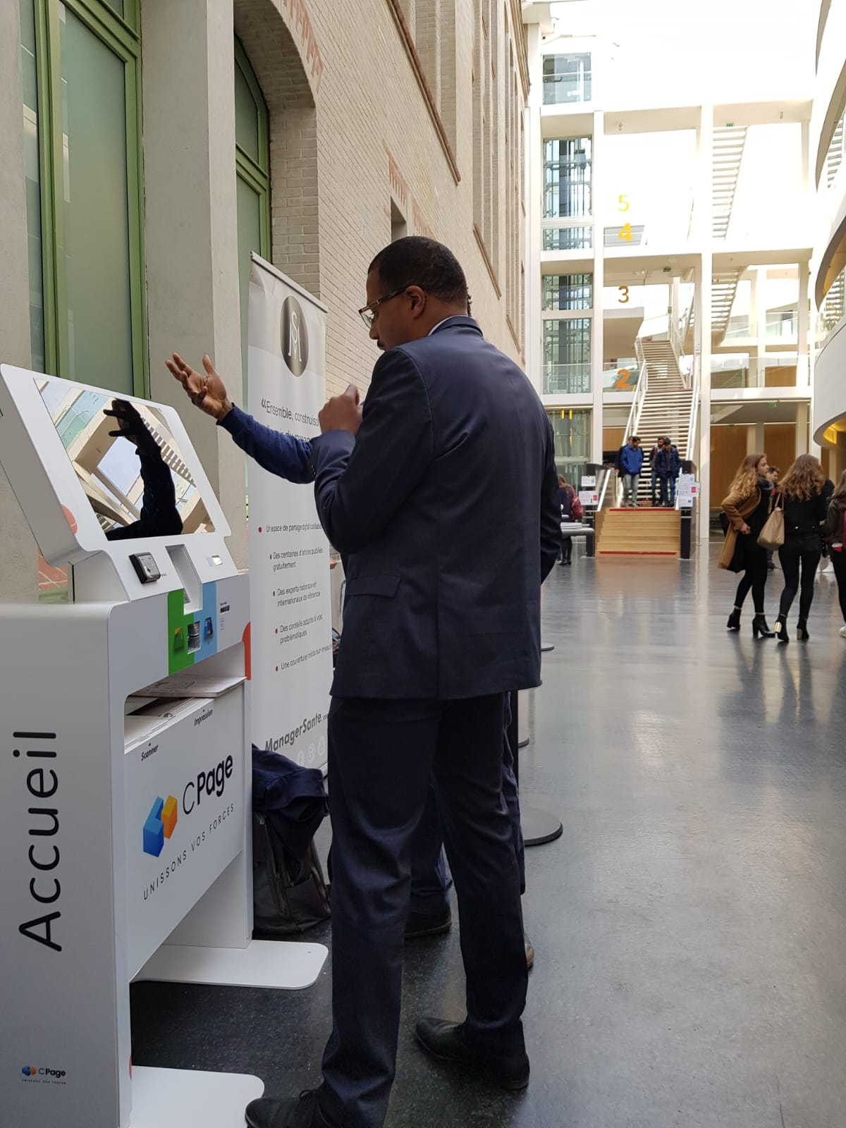 IPM France-healthcare Meeting-Cpage- interactive kiosk- health-ikiosk