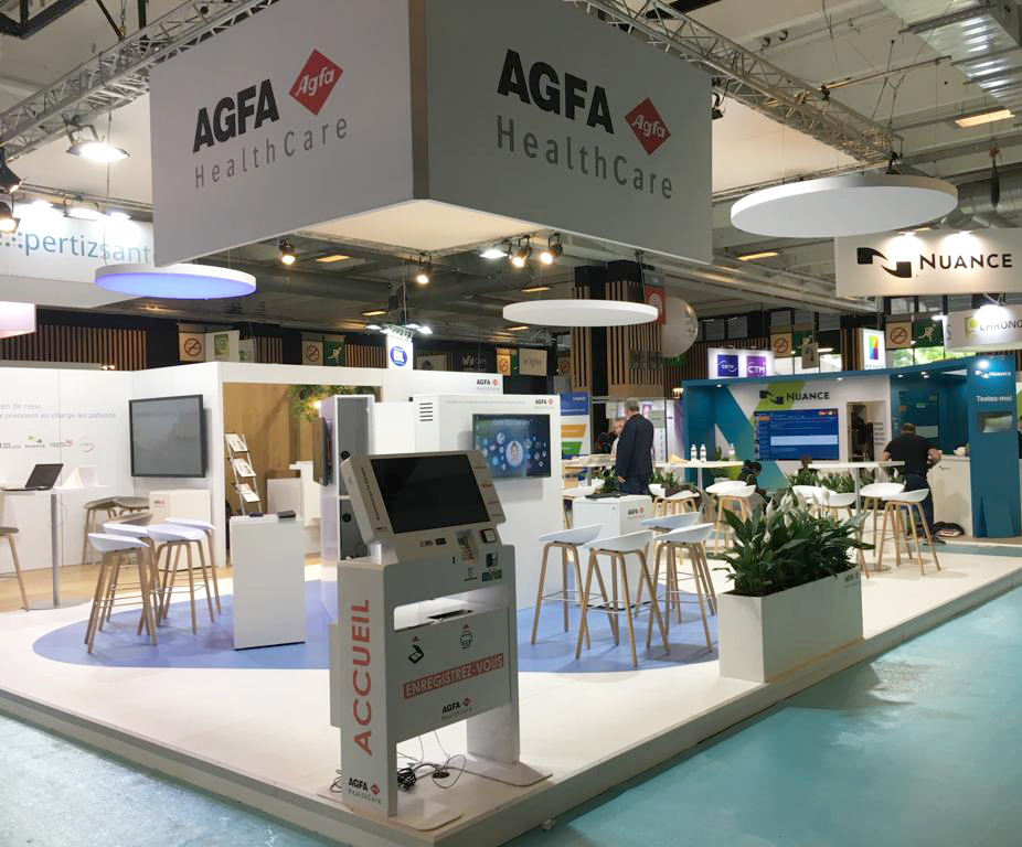 patient reception kiosk Agfa-trade show HIT19